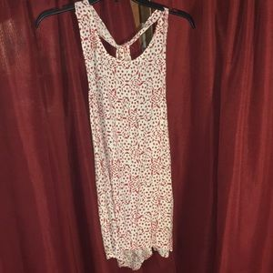 NWT Cupcakes & Cashmere Ivory/Red print tank